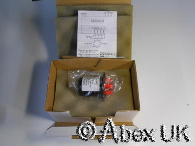 Radiall R566463240 SP4T Mechanical Microwave RF SMA Switch, 18GHz 28V NOS