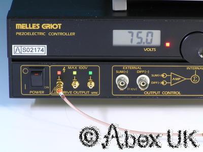 Melles Griot 17PCW002 Piezoelectric Controller X-Y-Z Nano Positioner (2/2)