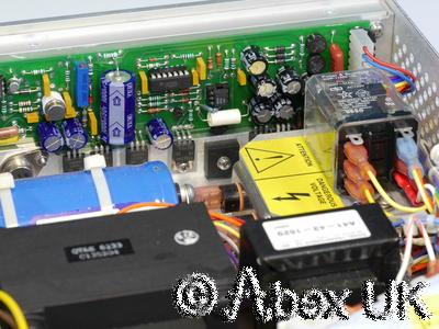 CPI (Varian) VZC6961K4, 4.7 - 9.3GHz 20 Watt TWTA Travelling Wave Amplifier (4)