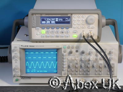 Agilent (HP) 33220A 20MHz Arbitrary Waveform / Function Generator LXI/GPIB