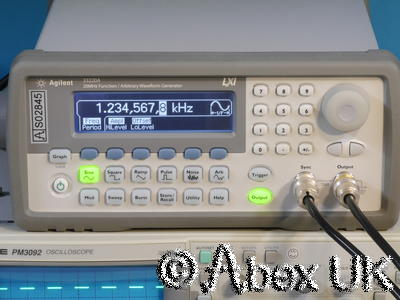 Agilent (HP) 33220A 20MHz Arbitrary Waveform / Function Generator LXI/GPIB