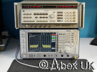 HP (Agilent) 8340B 10MHz - 26.5 (40) GHz Synthesised Signal Generator (2)