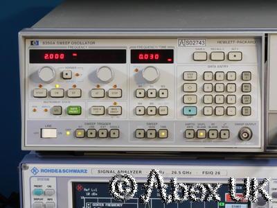 HP (Agilent) 8350A & 86290C 2-18.6GHz Sweep Signal Generator (5)