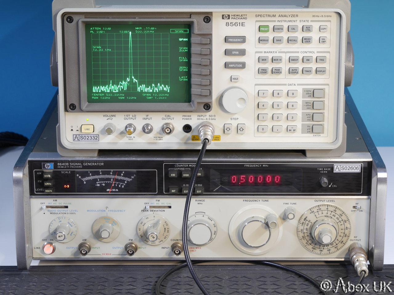 Hp Signal Generator : Hp agilent b mhz am fm signal generator