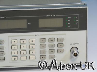 HP (Agilent) 8657A AM/FM Signal Generator 0.1-1040MHz Option 001 High Stab (2)