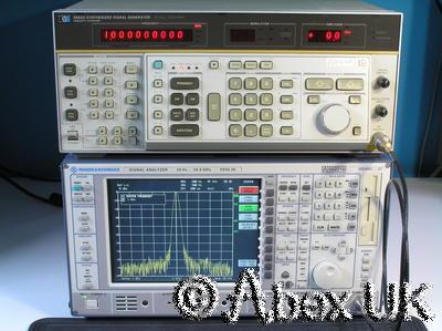 HP (Agilent) 8662A 1.28GHz Low Noise Signal Generator AM/FM/Sweep (2)
