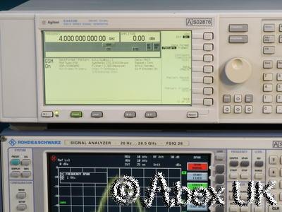 Agilent (HP) E4433B 4GHz ESG-D AM/FM/PM/Pulse/Digital Signal Generator