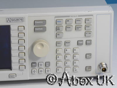 Agilent (HP) E4433B 4GHz ESG-D AM/FM/PM/Pulse/Digital Signal Generator
