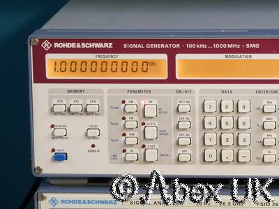 Rohde & Schwarz SMG 0.1-1000MHz AM / FM Signal Generator