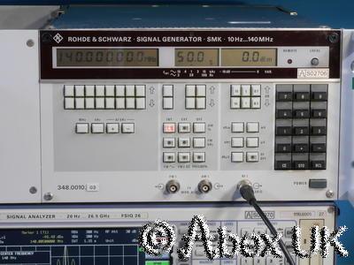Rohde & Schwarz SMK 10Hz - 140MHz AM/FM Low Noise Signal Generator (Rack)