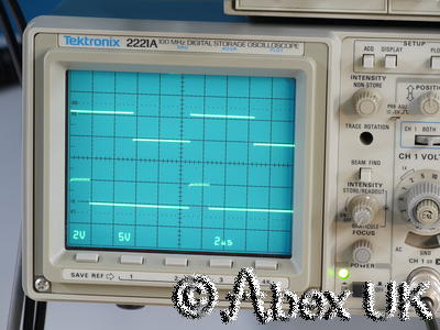 Tektronix 2221A 100MHz Analogue / Digital Oscilloscope Dual Trace TV Trig GPIB
