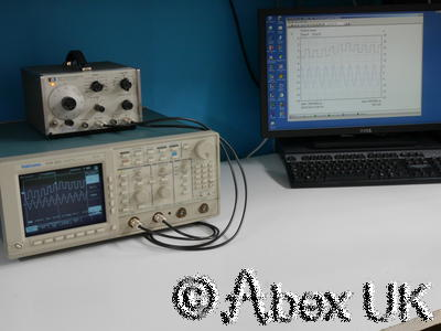Tektronix TDS520 Digital Oscilloscope 500MHz 500ms 2-Channels FAULTY