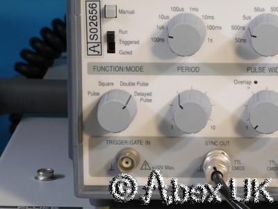 TTI (Thurlby Thandar) TGP110 10MHz Pulse Generator (2)